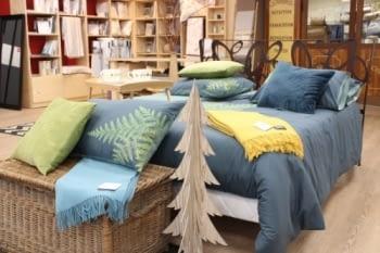 Linge de lit bleu paon